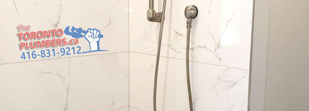 Shower tap with spout and handheld